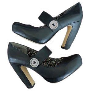 SEYCHELLES black leather mary jane heels 8.5
